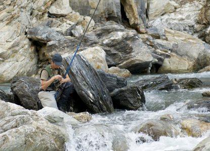 Pêche à la truite en torrent photographe : Laurent Madelon