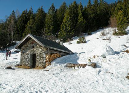 Chalet de la Jasse sous la neige
